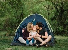 Что взять с собой на отдых с палатками, если с вами ребенок?