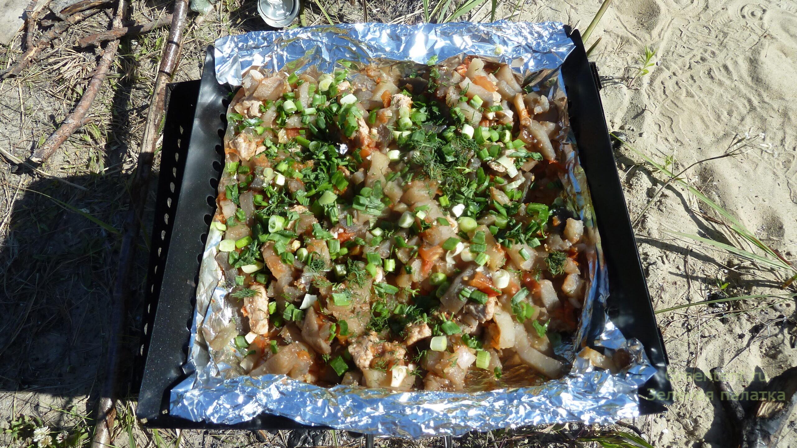 мясо на открытом огне отдых туризм рецепт еда решетка гриль